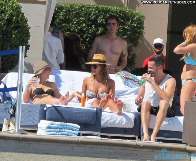Jessica Alba Swimming Pool Swimming Pool Celebrity Pool Babe Posing