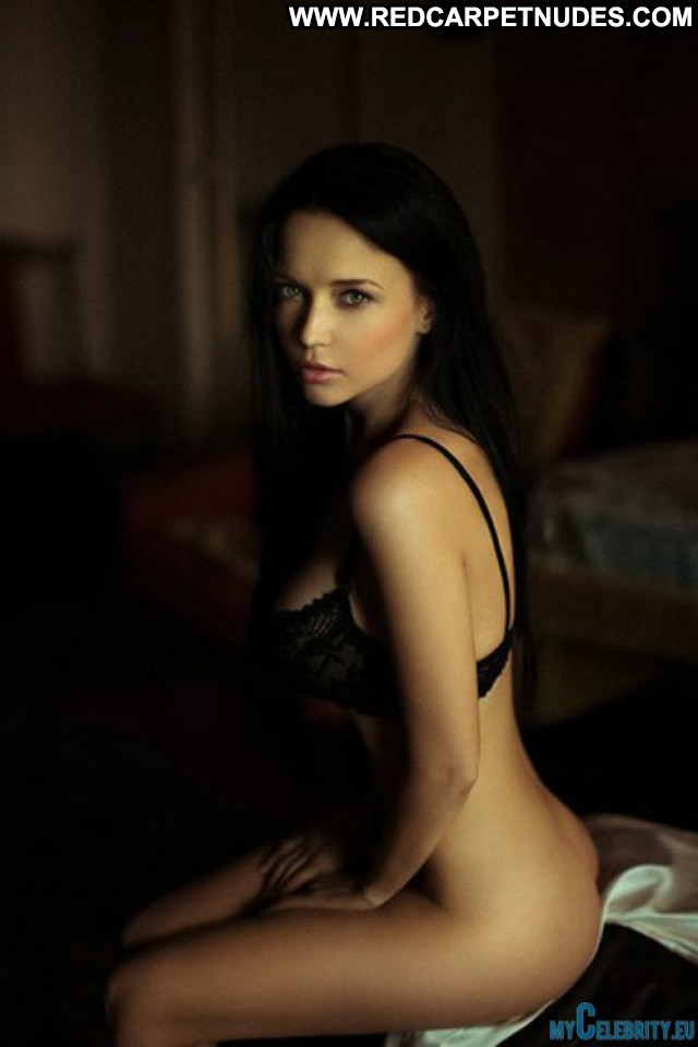 Several Celebrities The Day  Beautiful Babe Babes Celebrity Posing Hot
