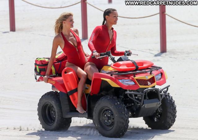 Kelly Rohrbach No Source Posing Hot Babe Celebrity Beautiful Usa