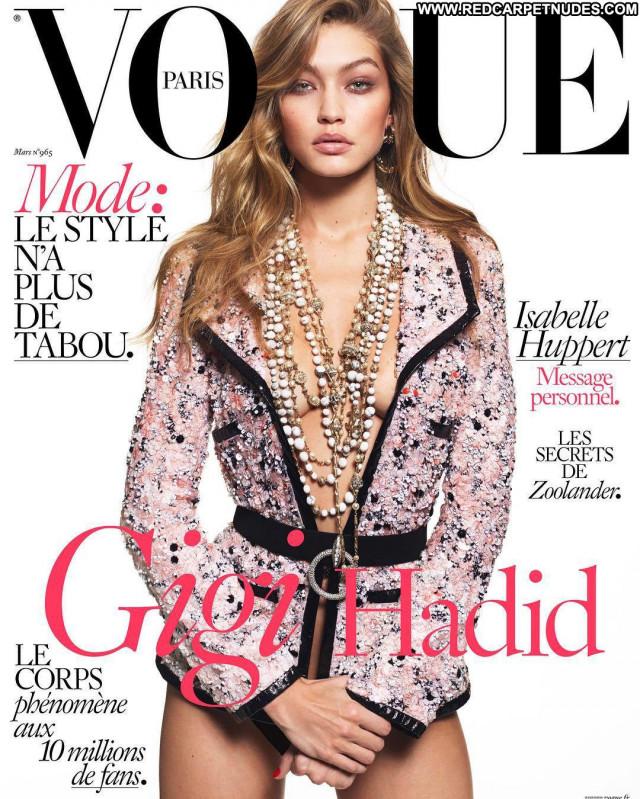 Gigi Hadid Vogue Magazine Babe Beautiful Posing Hot Celebrity