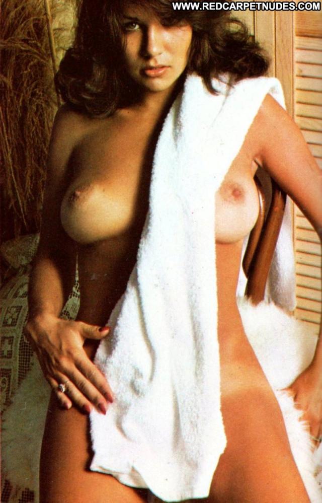 Linda Lusardi Vacation Celebrity Babe Beautiful Posing Hot Hd Cute