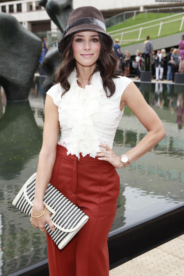 Abigail Spencer Mercedes Benz Fashion Week Beautiful Babe Celebrity