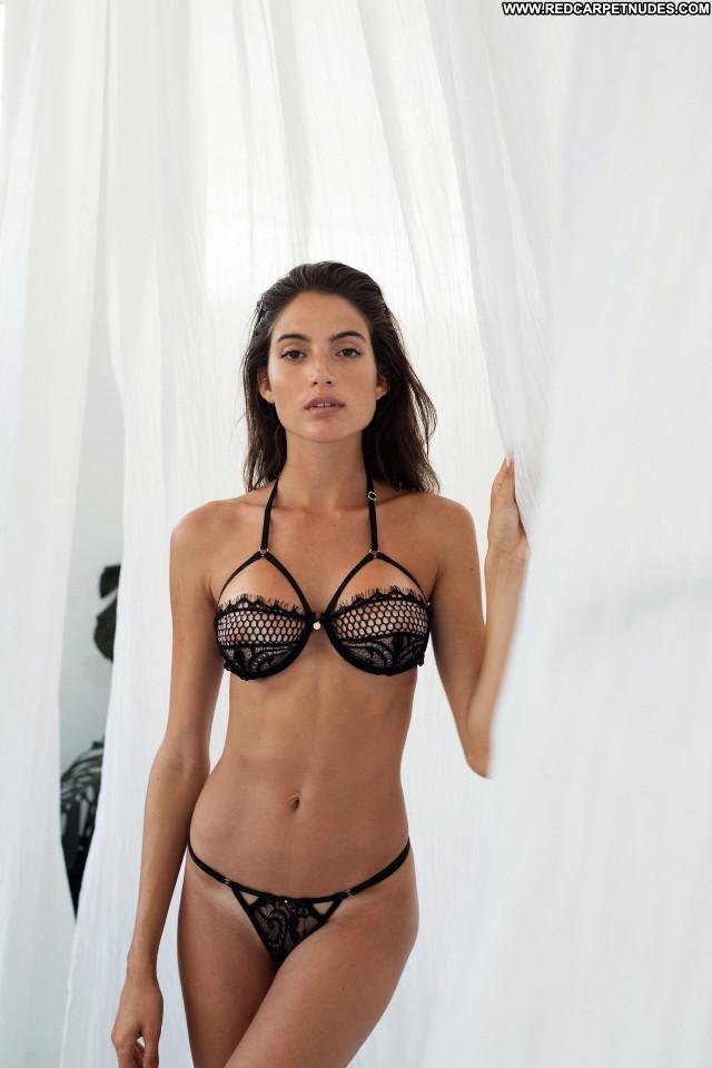 Rafaella Consentino  nackt