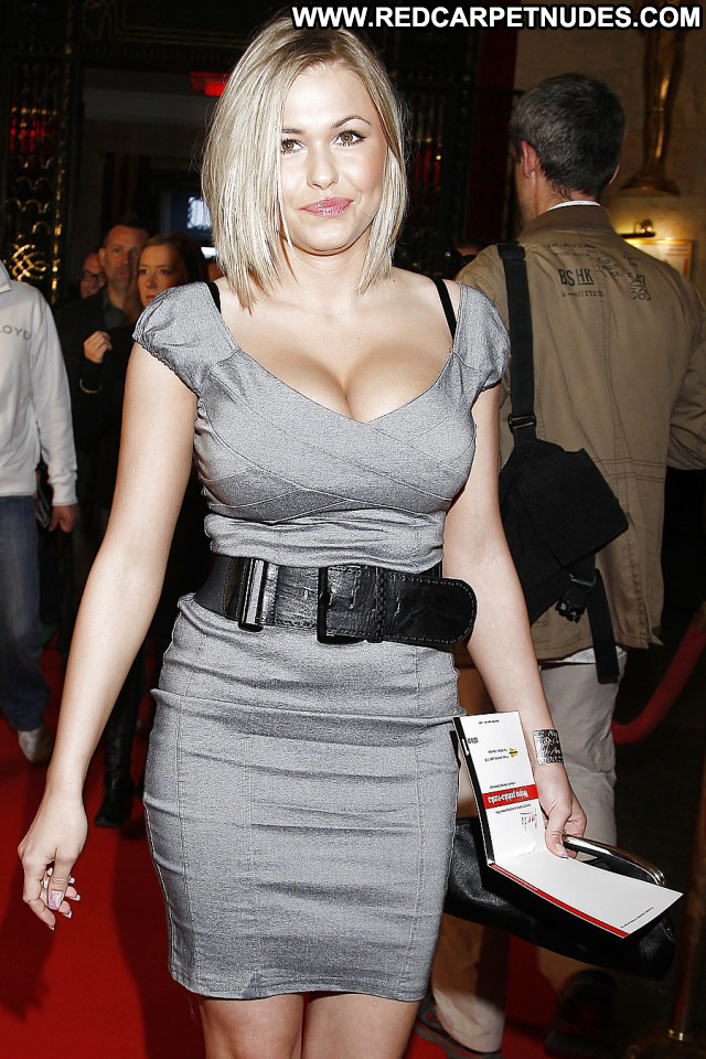 Top Favourite Celebrities: Iga Wyrwal- The sexiest