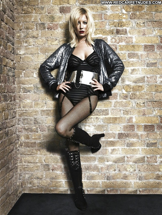 Denise Van Outen Pictures Celebrity Blonde Babe Doll Nude Scene