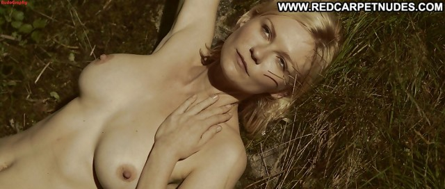 Kirsten Dunst Pictures Celebrity Hd Posing Hot Nude Beautiful Famous