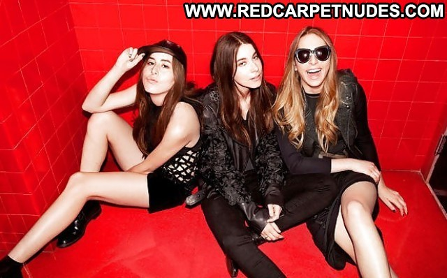 Danielle Haim Pictures Angel Celebrity Hot Sexy Brunette California