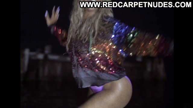 Beyonce Pictures Celebrity Flashing Ebony Sea Hot Twerking
