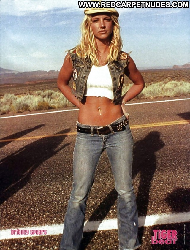Britney Spears Pictures Hot Sea Milf Celebrity Blonde