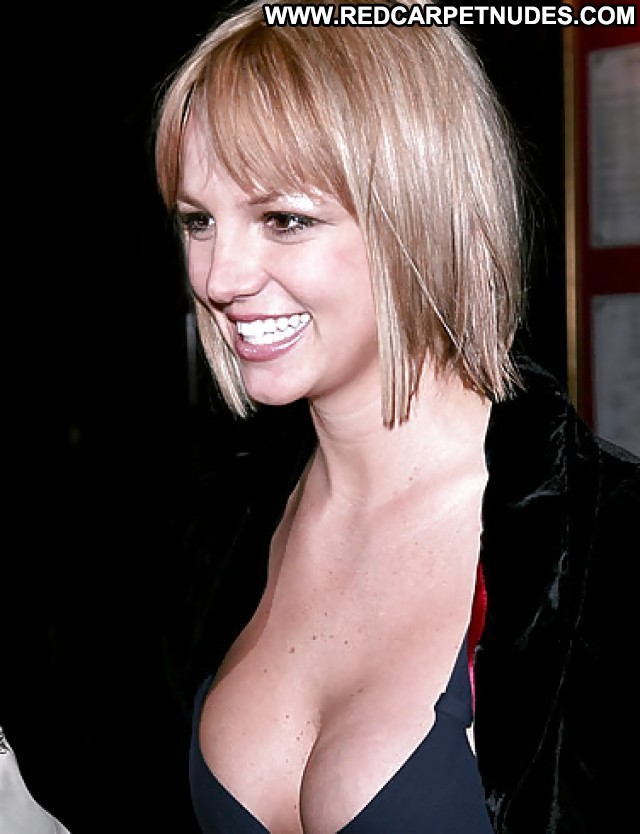 Britney Spears Pictures Hot Milf Sea Blonde Celebrity