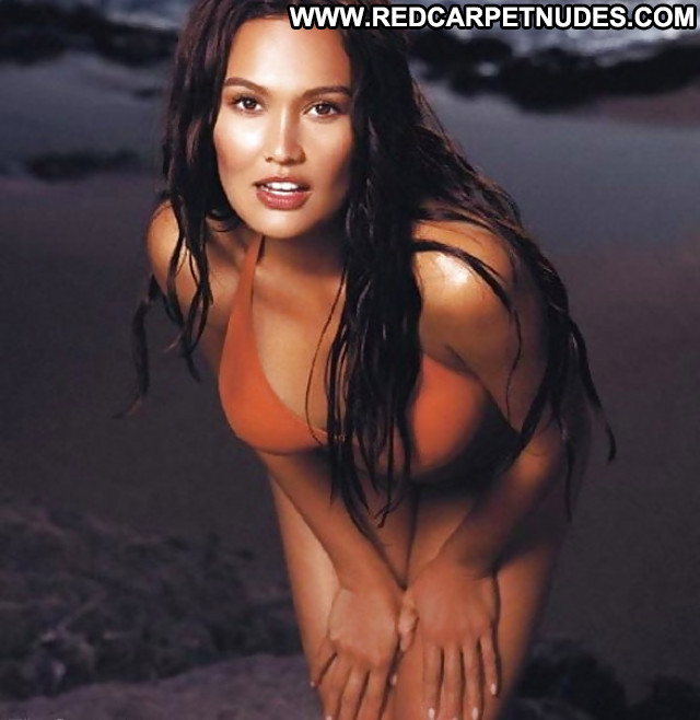 Tia Carrere Pictures Car Celebrity Sexy Gorgeous Sea Hot Asian