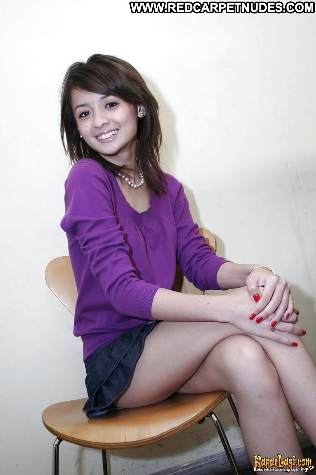 Joanna Alexandra Pictures Hot Indonesian Asian Sea Candid Celebrity